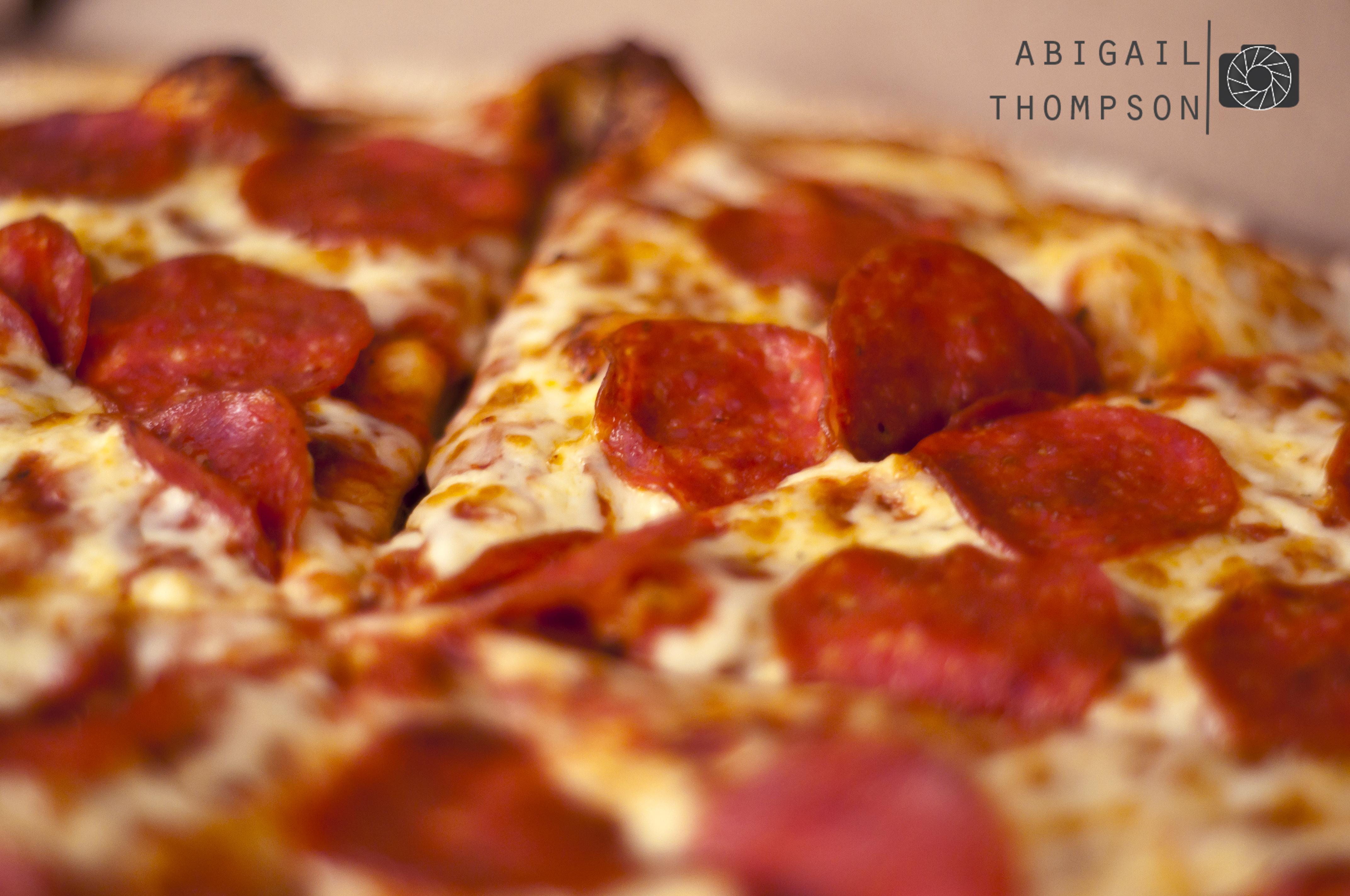 318/365 – Pizza | Abigail Thompson Photography